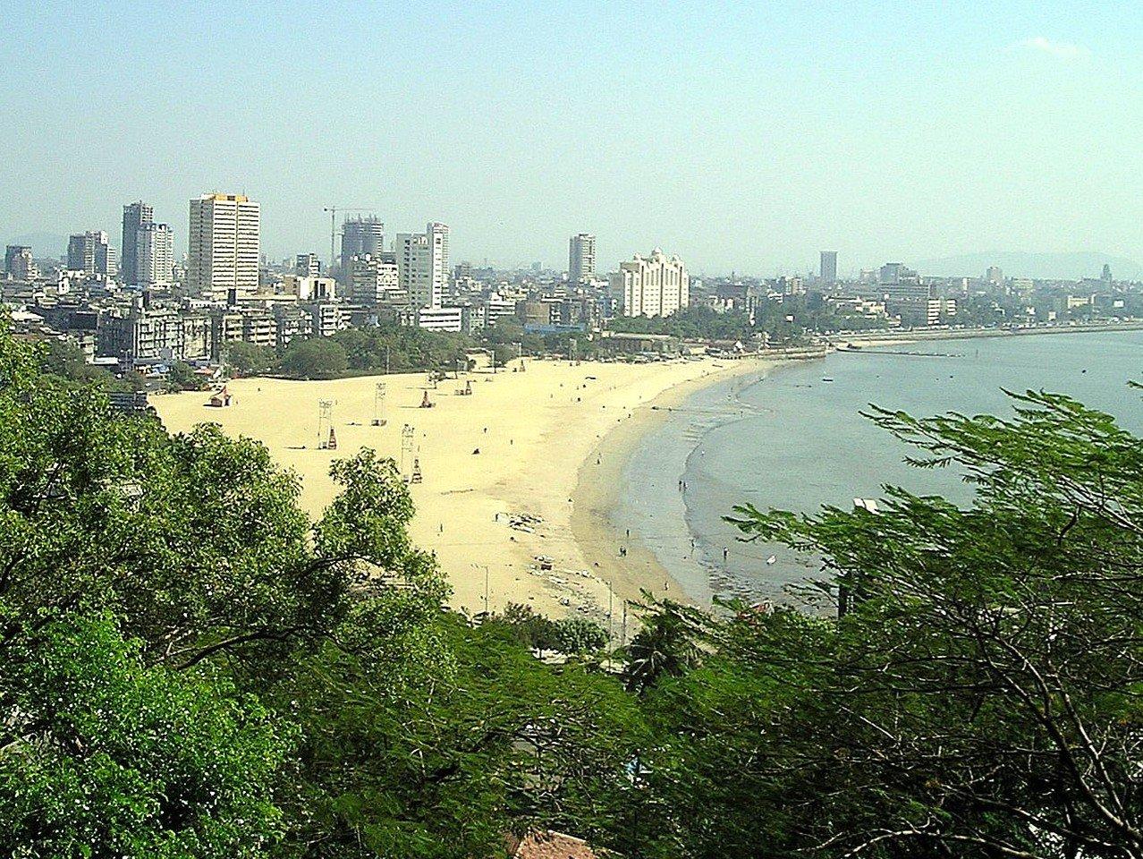 Juhu Beach in Mumbai